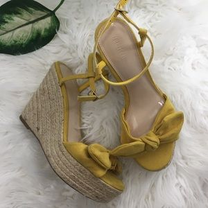 Yellow faux suede espadrille wedge size 5.5